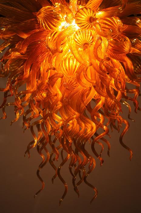 orangechandelier_1816_h700